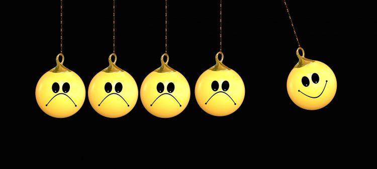 क्यों ख़ुश नहीं रह पाते हैं हम